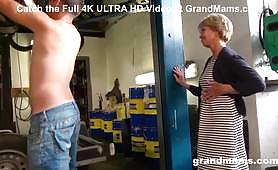 The Grandma seduces the mechanic guy and fucks him